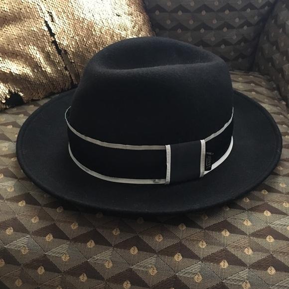 8da5fd300b2 Vans felt hat. M 5b79a273d6dc524dbe03b70b. Other Accessories ...